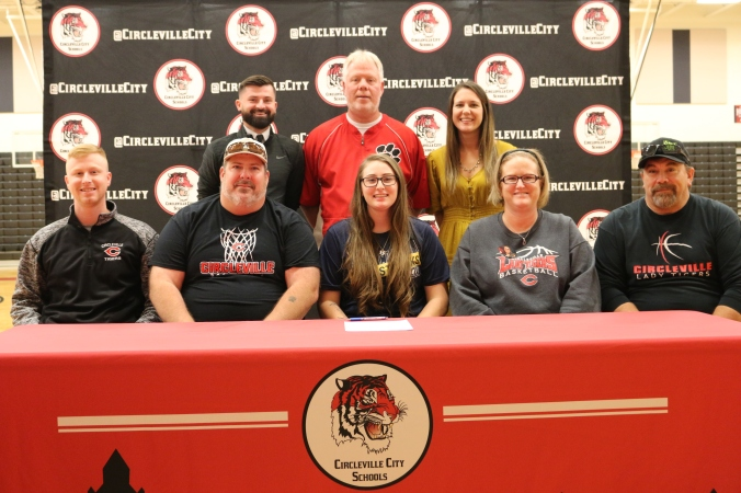 Circleville's Davis signs with John Carroll University